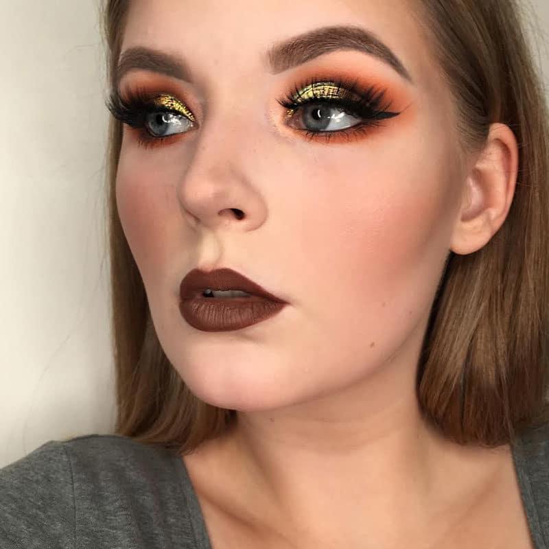 Falsche Wimpern Inspiration Make-up Look glitzer